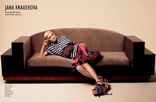 BON-MAGAZINE-S_S-2011-Jana-Knauerova-by-KT-Auleta-01