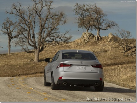 Lexus-IS_2014_800x600_wallpaper_0e