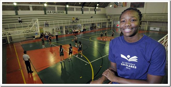 A jogadora de basquete Clarissa dos Santos. Olimpiadas Escolares 12-14 em 11 de Setembro de 2012 em Pocos de Caldas, Brasil. Foto: Fernando Soutello/AGIF/COB