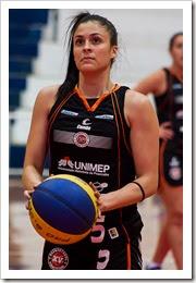 atleta Kiara de Oliveira Soares (armadoralateral)