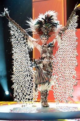 miss-uni-2011-costumes-23