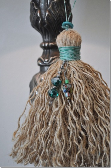 diy projects with jute--make a decorative tassel out of jute