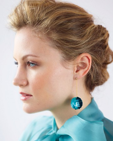 Chic, sparkly, and easy to make. Pick a color sequin that suits you and your New Year's Eve outfit. http://www.marthastewart.com/276213/sequin-ball-earrings