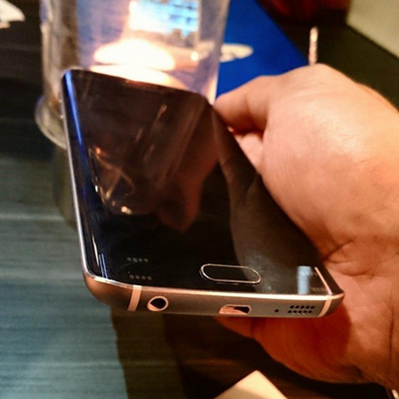 Keanggunan Samsung GALAXY S6 | S6 Edge