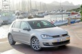 2013-Volkswagen-Golf-28