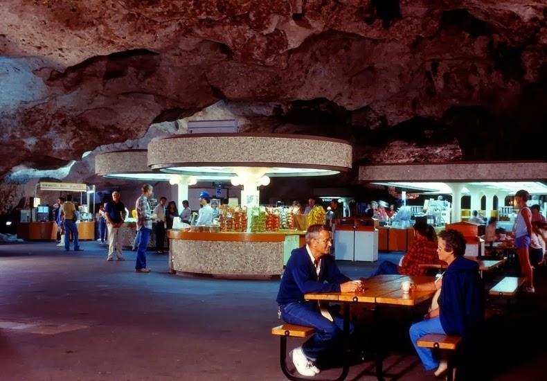 underground-lunchroom-1