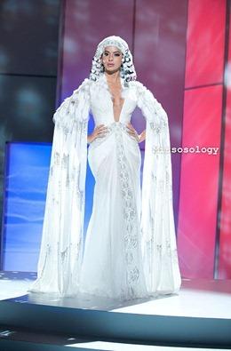 miss-uni-2011-costumes-18