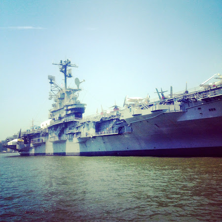 Museums of New York: The Intrepid on the shores of Hudson River