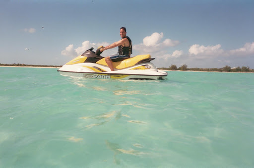 One morning we headed to the south side of the island where we rented jet skis.