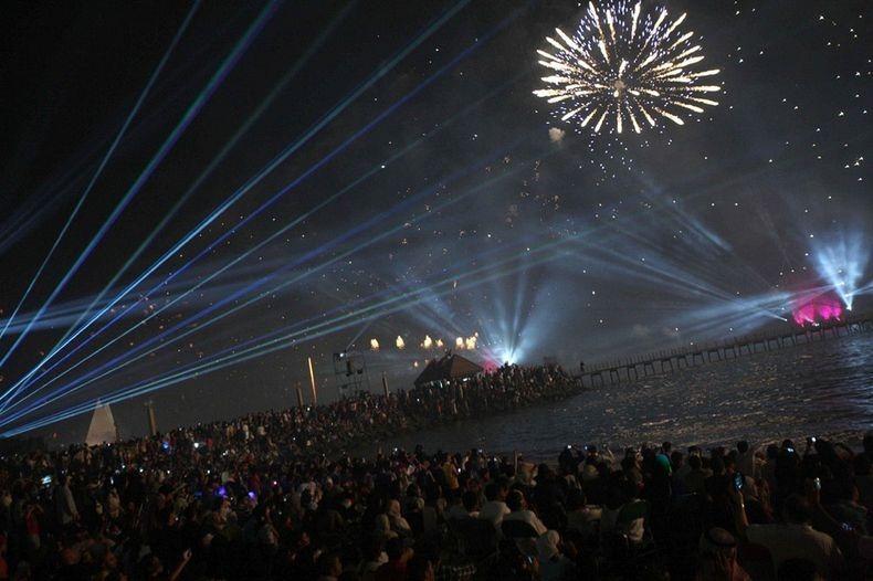 kuwait-fireworks-8
