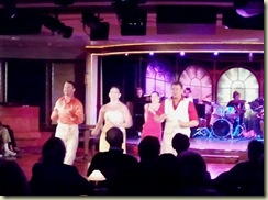 Showtime - Cafe Del Amor 5--31 (Small)