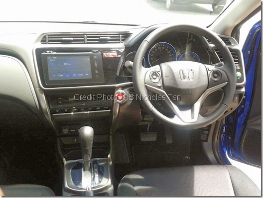 Pandangan Dashboard Honda city 2014
