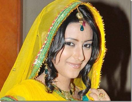 Pratyusha-Banerjee-Pardaphash-74100