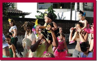 2012-02-16 Carnaval no Vira 2012 maq da Lu13