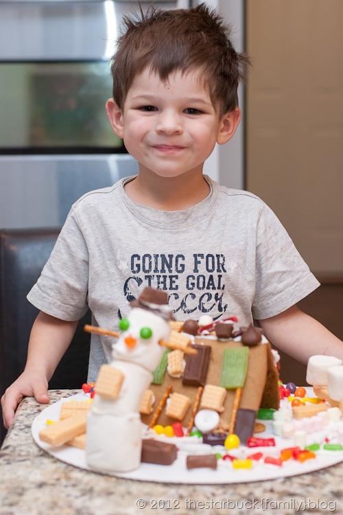 Gingerbread Houses 2012 blog-18
