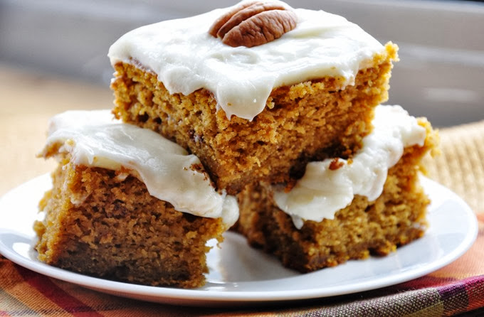 pumpkin cake bars reduced-fat 085