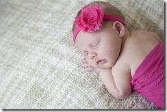 Lexi_newborn_08