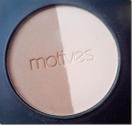Motives Shape & Sculpt Duo Review Swatch