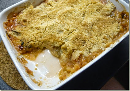 rhubarb, ginger and white chocolate crumble3