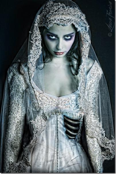 Corpse-Bride-Costume-Makeup