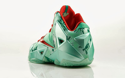 nike lebron 11 xx christmas pack 6 15 Release Reminder: Nike LeBron 11 Christmas Pack