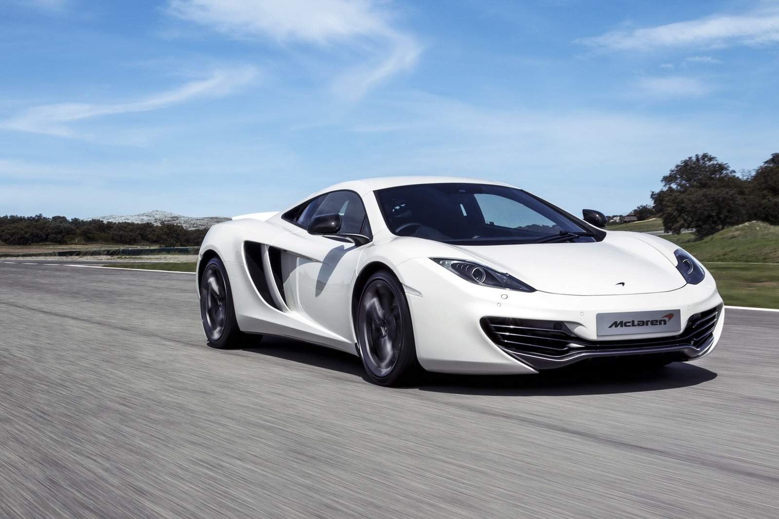 [Resim: 2013-McLaren-MP4-12C-Official-4.jpg?imgmax=1800]