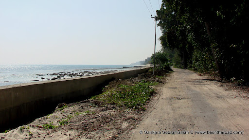 Havelock Island's own marine drive - enroute to Kalapathar Village