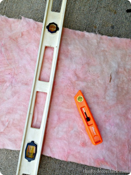 how to cut insulation