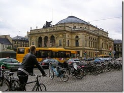 800px-Royal_Danish_Theatre_in_Copenhagen