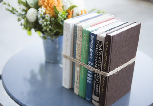 books 5070513151_9b9f394ffa_b lila b.
