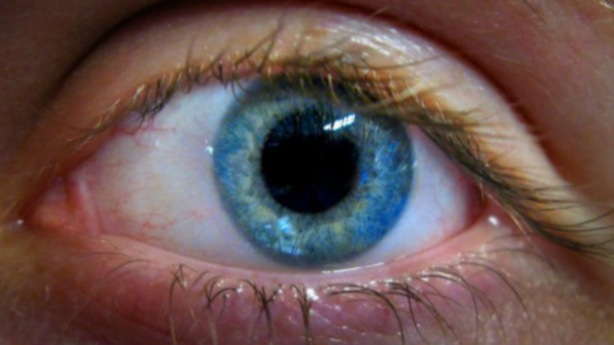 ojo hombre