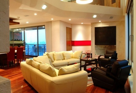 penthouse-sala-de-lujo-decoracion-de-interior_thumb[3]