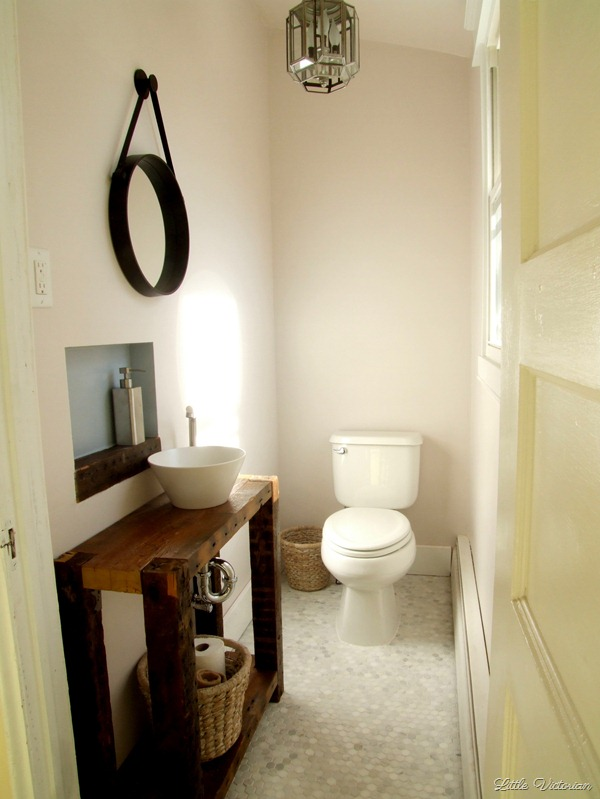 Powder room decorating ideas on a budget | Little Victorian