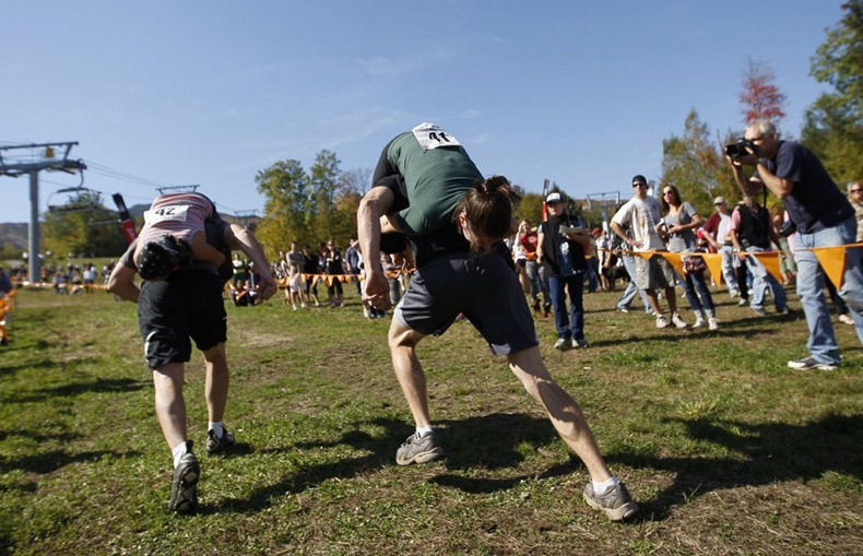wife-carrying-chamionship-2