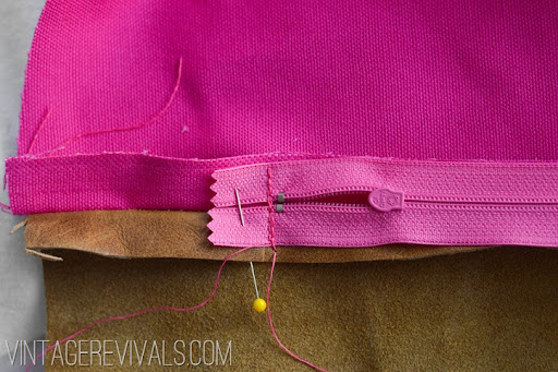 DIY Leather Pillow Tutorial vintagerevivals.com-14 & DIY Leather Pillow Tutorial \u0026 How To Sew A Zippered Pillow Cover ... pillowsntoast.com