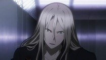 [Commie] Guilty Crown - 06 [88FE8145].mkv_snapshot_10.41_[2011.11.17_18.45.53]