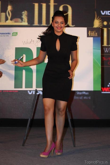 Sonakshi Sinha Hot in Black Short Dress Pics 2