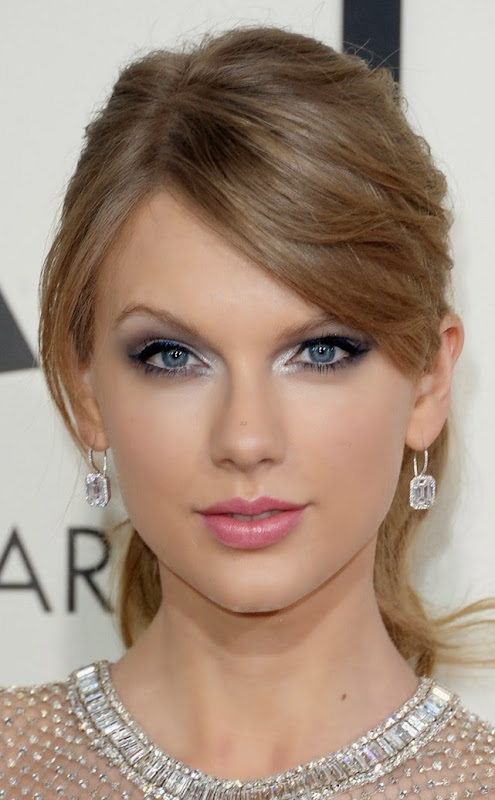 taylor-swift-grammys-2014-red-carpet-08