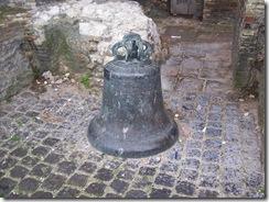 2013.05.04-007 cloche de la tour du Guet