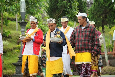 Ceremonie Templu Mama Bali