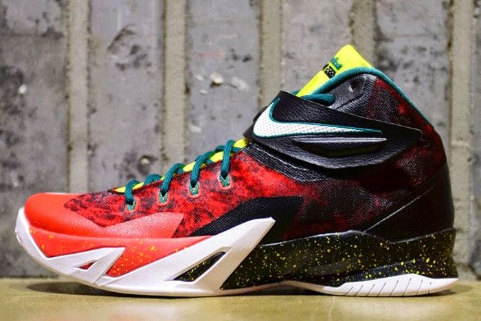 Zoom Soldier 8 in Black White Red and Yellow 688579016 ...