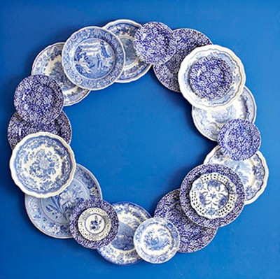 holiday blue and white plate wreath