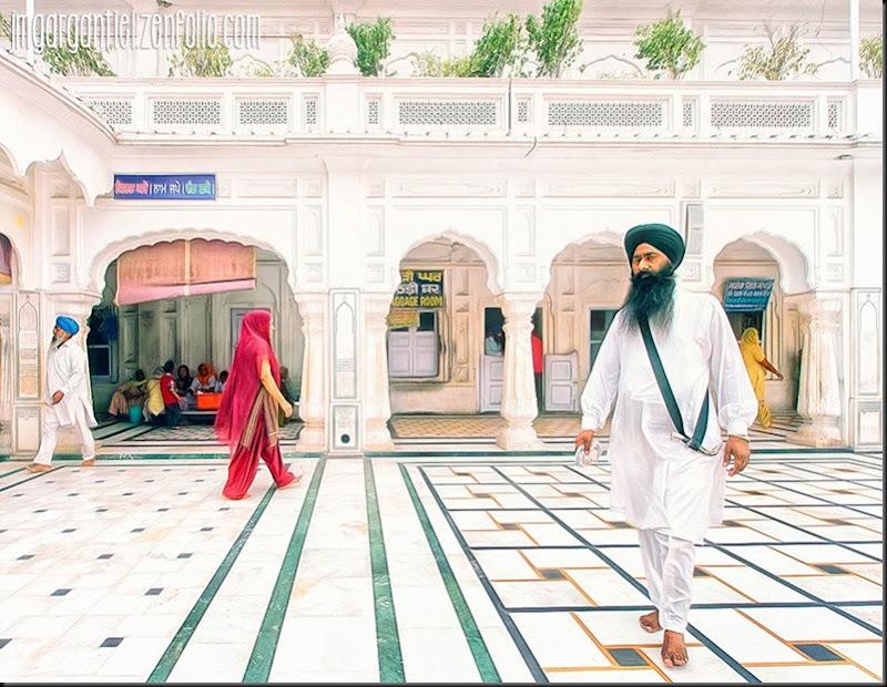 Au sein des Saints... — a Amritsar.
