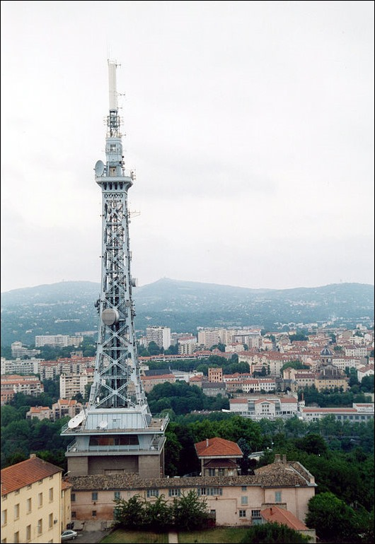 Metallic-tower-of-Fourvière