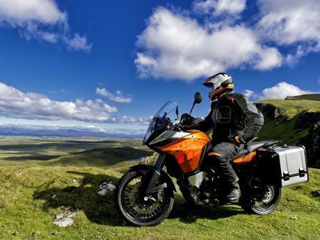 KTM-adventure-motor-1190-R