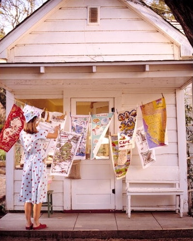 Vintage map dish towels. (Martha Stewart Living, June 2001)