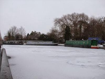 December 2010 004 Still  snowing B