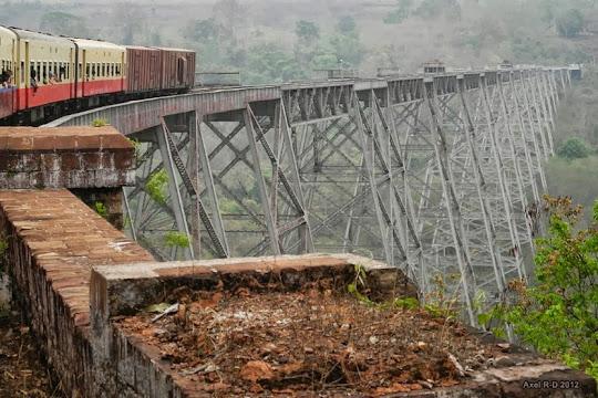 جسر Goteik في ميانمار : الجسر الأعجوبة