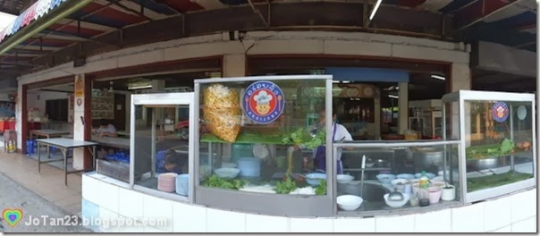 things-to-do-in-chiang-mai-eat-best-khao-soi-samerjai