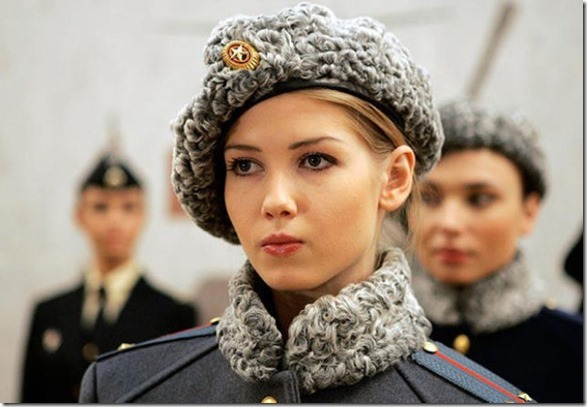 hottest-female-soldiers-16